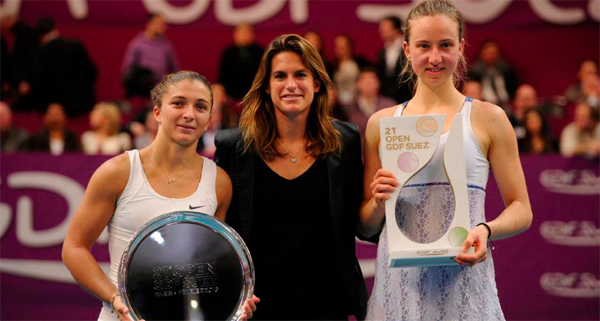 Mona Barthel wins the 2013 Open GDF Suez in Paris over Sara Errani